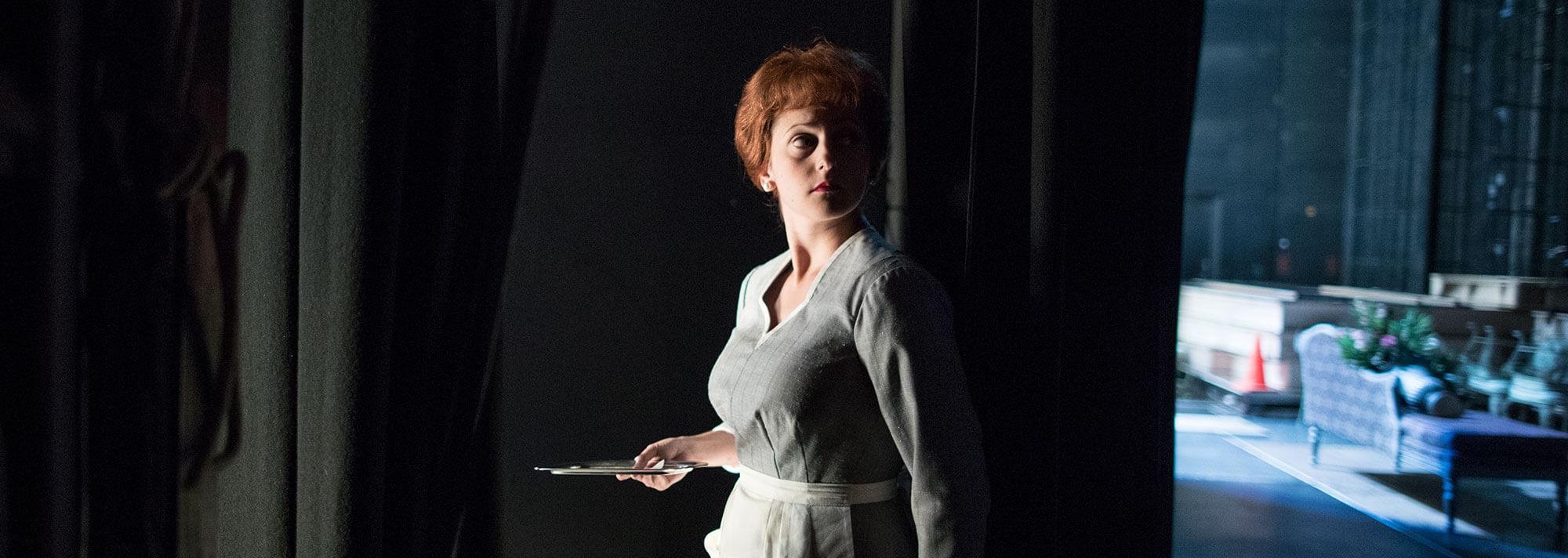 Jennifer Dzialoszynski backstage